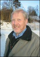 Knut Baardset, styreleder i Møre og Romsdal Skogselskap, lover furuplanter til alle. Foto: Gunnar Sandvik