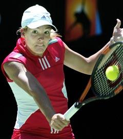 Justine Henin-Hardenne holdt nullen i to sett (Foto: Torsten Blackwood AFP)