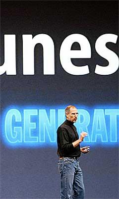 Apple-sjef Steve Jobs vil nok ikke være dårligere og det blir ikke lenge til iTunes også lanserers i Europa. Foto: Justin Sullivan, AFP.