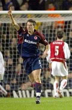 Franck Queudrue scoret for Middlesbroughs i den første kampen. (Foto: AFP/Scanpix)