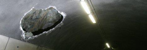 Eksperter arbeider med å sikre Oslofjordtunnelen som må holdes stengt i opptil tre måneder til.