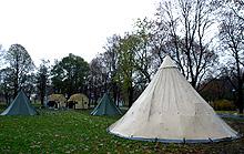 Teltkø utenfor Collosseum før Ringenes Herre hadde premiere i Norge. Foto: Knut Fjeldstad / SCANPIX