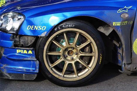 Bilen til Petter fikk store skader på den nest siste fartsprøva. (Foto: Cornelius Poppe / SCANPIX )