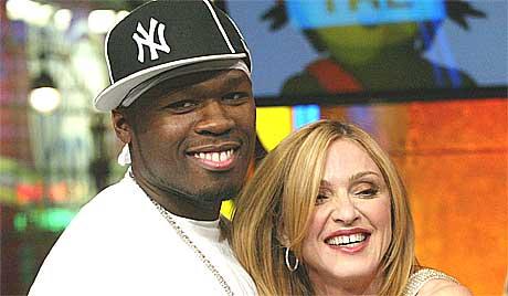 50 Cent har mange fans, inkludert Madonna. Nå skal han få dem til å ligge med hverandre i ny pornofilm. Foto: Stuart Ramson, AP.