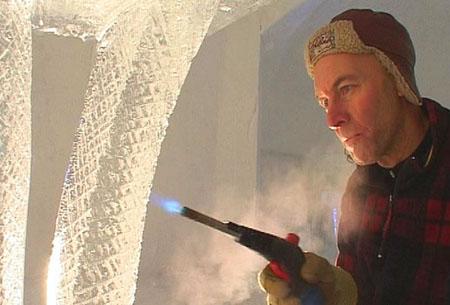 Det er svenske Tor Lundquist som står for konstruksjon og design av igloen.