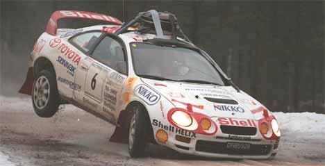 Petter Solberg da han vant Rally Finnskog med kanne servo olje på taket. (Foto:Foto: Jørgen Steinli, NTB Pluss)