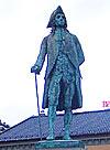Ludvig Holberg på sokkel i Bergen