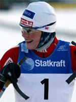 Hilde GP går først ut under sprintstafetten, mens Bjørgen er ankerkvinne. (Foto: NRK)