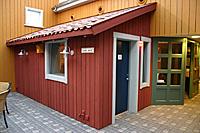 """Med nennsom hånd og i tett dialog med myndighetene er lokalene til NRK Østfold blitt til. Dette """"huset"""" rommer radiostudioet. (Foto: Jon-Annar Fordal)"""