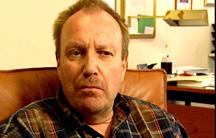 Psykolog John Sandstrøm avviser alle skuldingar. (NRK-foto)
