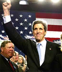 Alt tyder i dag på at det blir Massachusets-senatoren John Kerry som blir årets utfordrer til president George Bush. (Foto: Scanpix)