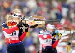Gunn Margit Andreassen mente forholdene på standplass var på kanten av det forsvarlige på sprinten. (Foto: Heiko Junge/SCANPIX)
