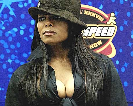 Angrer: Tirsdag unnskyldte Janet Jackson puppene sine for hele det amerikanske folk. Foto: AP.