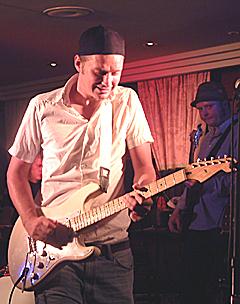 Ronnie Jacobsen på Hell Blues i 2002. Foto: Jørn Gjersøe, nrk.no/musikk.