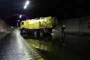 Sommeren 2003 kom det vann inn i Oslofjordtunnelen. Foto: Scanpix