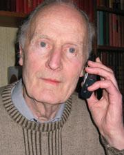 Aage Skullerud var lei av personer som plaget ham med anonyme telefoner