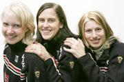 Tjørhom, Kristiansen og Andreassen sørger for at Norge leder stafetten etter tre etapper. (Foto: Heiko Junge / SCANPIX)