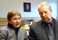 Gunnhild og Reidar Schei under rettsdrøftingane.