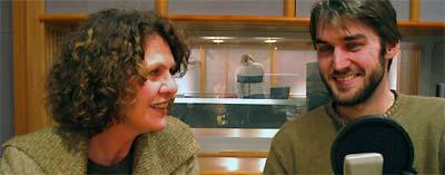 Prisvinner Sigmund Løvåsen blir intervjuet av Marta Norheim.