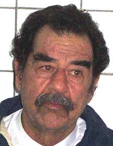 Saddam Hussein ble tatt til fange 13. desember 2003. (Foto: Reuters/Scanpix)
