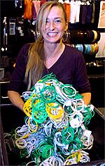 Butikksjef ved Glitter på Lagunen, Linda Nygaard, ble sjokkert da hun hørte om kodene. Foto: Espen Forsberg/BA