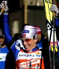 Marit Bjørgen etter sprint-seieren i Stockholm (Foto: Scanpix/Stefan Jerrevång)