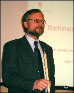 Fylkesdirektør Ottar Brage Guttelvik.