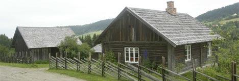 Prøysenstua trenger brannsikring for flere tusen kroner. (Foto: Morten Holm/Scanpix)