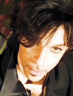 Prince gjør comeback med ny plate og turne i USA og kanskje Europa. Foto: AP Photo / Steven Parke.
