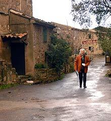 Mange drømmer om bolig i en idyllisk landsby i Frankrike.