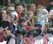 40.000 tilskuere stod som sild i tønne under skisprinten i Drammen i vinter.