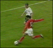 Ryan Giggs har 500 kamper og 102 mål for manchester United.