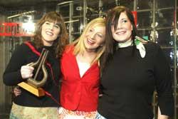 Ephemera vant Spellemannprisen 2003 i klassen Årets popgruppe. Her fra venstre: Jannicke Larsen, Christine Sandtorv og Inger Lise Størksen. Foto: Terje Bendiksby / SCANPIX