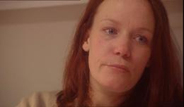 Ann Berit Søyland (27) sier at barnevernet hadde rett den gang de mente at hun og søsknene skulle bli boende i forsterhjem. Foto: NRK Brennpunkt