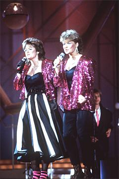 Bobbysocks fra den tiden hysteriet rundt Melodi Grand Prix var på det absolutt verste. Foto: Erik Thorberg, NTB.