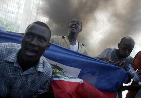 Det brøt ut ny uro i hovedstaden Port-Au-Prince i Haiti i dag. (Foto: AFP/Scanpix)