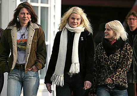 Eva G. Hillander, Maria Knudsen og Benedicte Brænden utgjør tre femdeler av jentebandet Bazooka Boppers. Foto: Arne Kristian Gansmo, nrk.no/musikk.