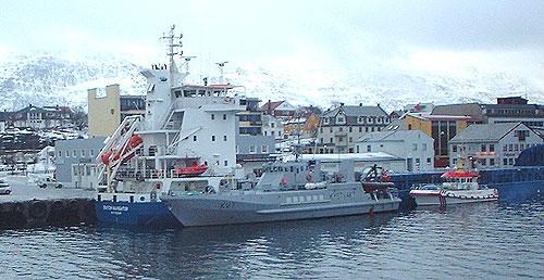 Den grunnstøtte lastebåten Dutch Navigator ved kai i Sandnessjøen. Foto: Thore Kibsgaard.
