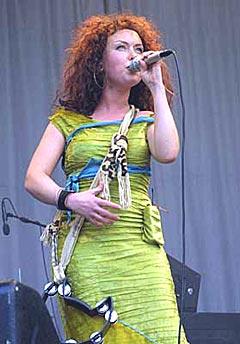 Kristin Asbjørnsen og Dadafon på Norwegian Wood i 2003. Foto: Arne Kristian Gansmo, nrk.no/musikk.