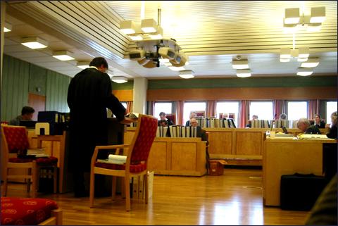 2.dag i lagmannsretten og forsvarerne er igang med innledningsforedrag. Foto: Gunnar Sandvik