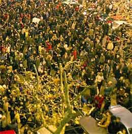 Millioner av mennesker demonstrerte mot terroren i Spania før helgen, som her i sentrum av Barcelona (foto: AFP/Scanpix)