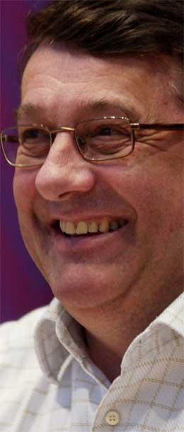 - Det blir skatteletter i 2005- budsjettet, sa finansminister Per Kristian Foss. (Scanpix-foto: Erlend Aas)