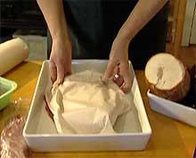 Oppbevar kjøttet ved å pakke det inn i matpapir.