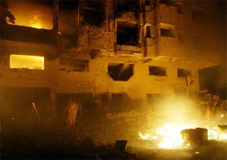 Hotellet vart heilt øydelagt i eksplosjonen. (Reuters/Scanpix-foto)