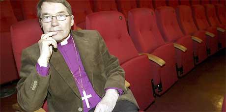 Oslo-biskop Gunnar Stålsett ble kvalm av Mel Gibsons omstridte Jesus-film. Foto: Scanpix