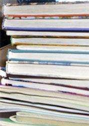 Skal skolebøkene være på nynorsk eller bokmål? (foto:Scanpix)