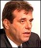 Jugoslavias nye president Vojislav Kostunica (Arkivfoto: NRK).