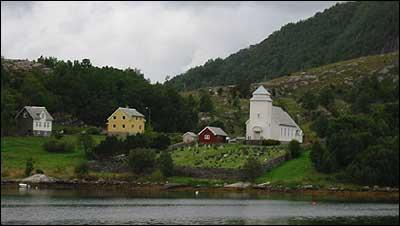 (Foto: Arild Nyb� � 2003)