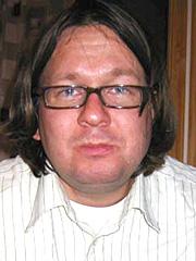 Redaktør Tokvam sokk saman i audmjuk undring over å ha blitt sendt på radio i USA.
