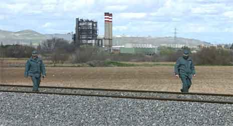 Spanske myndigheter vil vokte jernbanen ytterligere, etter dagens bombefunn (foto: Reuters/Scanpix)